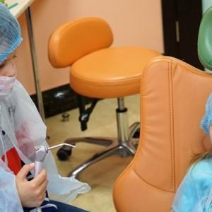 Экскурсия в стоматологию «Улыбка»