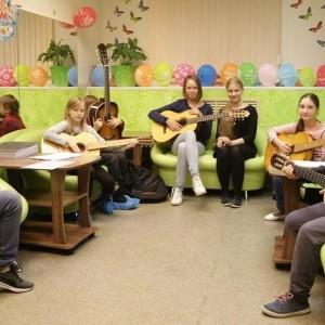Обучение игре на гитаре в Измайлово