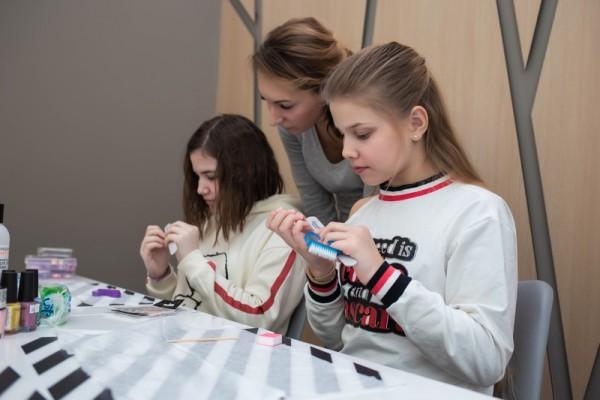 Курс маникюра для девочек от 11 до 16 лет